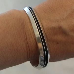 Native American Sterling Cuff bracelet Tom Hawk